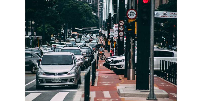 © Pixabay O novo Código Brasileiro de Trânsito traz mudanças na validade da CNH (Carteira Nacional de Habilitação) e flexibiliza o número de pontos que 1 condutor pode ter na carteira de motorista em 12 meses